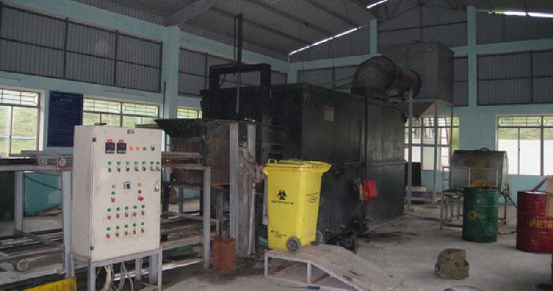 Xử lý chất thải rắn y tế bằng lò đốt công nghệ cao Chuwarstar Nhật Bản