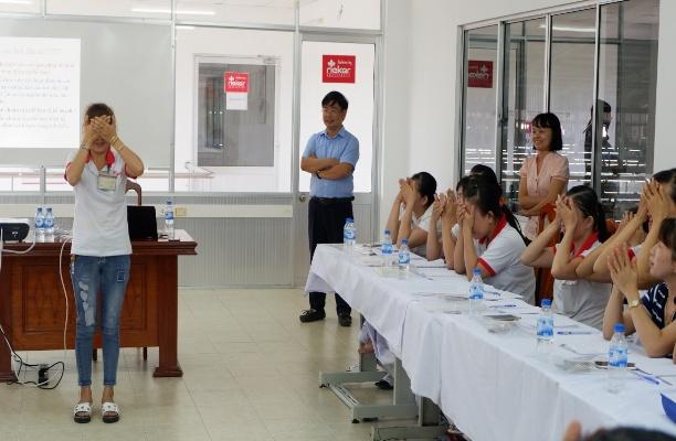 Hoạt động khảo sát điều kiện lao động và Tập huấn chăm sóc mắt cho trưởng nhóm công nhân tại nhà máy sản xuất giày da và điện tử tại Quảng Nam và Đà Nẵng