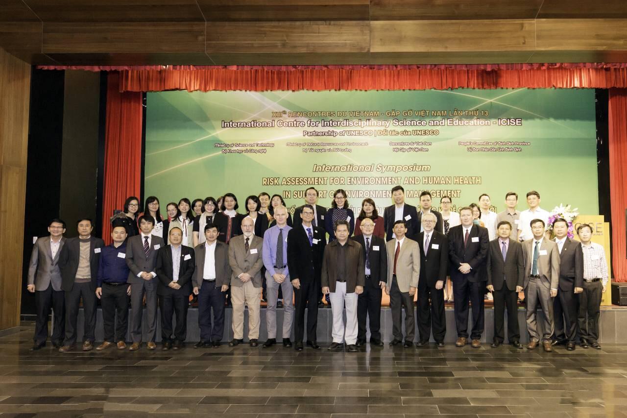 Lãnh đạo Viện SKNN & MT tham dự Hội nghị quốc tế về Đánh giá rủi ro môi trường và sức khỏe phục...