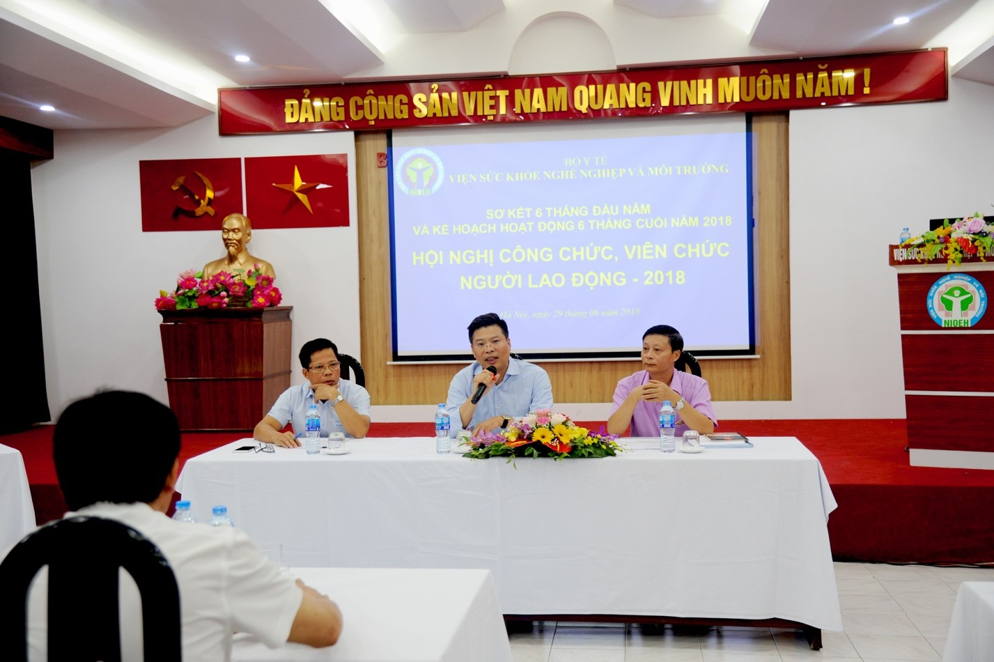 Hội nghị sơ kết 6 tháng đầu năm và Hội nghị công chức, viên chức, người lao động năm 2018