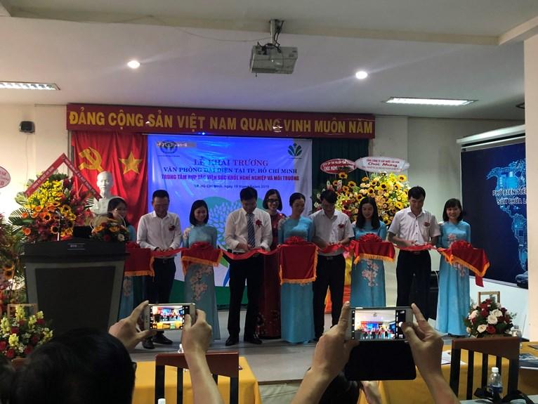 Lễ khai trương Trung tâm hợp tác Sức khỏe nghề nghiệp và môi trường.